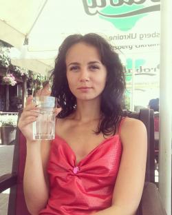 девушки; Петровский парк; Москва; Лиза, поласкай мою киску